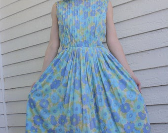Blue Floral Print Sleeveless Dress Pleated Carol Brent 60s Vintage S