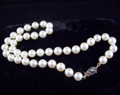 """Exquisite Classic Cultured Pearl 16"""" closely matched, hand knotted silk Necklace w/ 14K Diamond Clasp and 41 very fine Pearls ~ 1950's"""