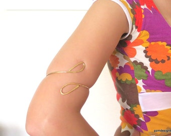 Brass tribal goddess upper arm cuff, gold brass armlet, above the elbow bracelet, gift for her
