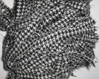 100 Strips Of Rug Hooking Wool