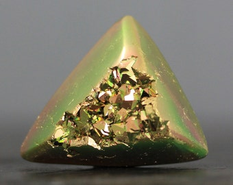 CLEARANCE - SALE - Titanium Drusy, Triangle - Golden (9532)