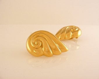 Givenchy Earrings Gold Toned Clip On Shell Feather Swirl Paris New York High Fashion Jewelry