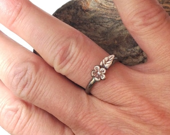 Little Flower and Leaf Ring on Sterling Band
