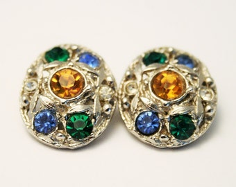 Vintage earrings. Crystal earrings. Rhinestone earrings. Clip on earrings