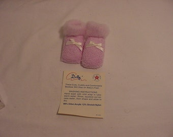 Vintage Dolly Baby Booties   14 - 94