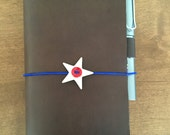 Midori Traveler's Travelers TN notebook vintage button elastic closure white star, red