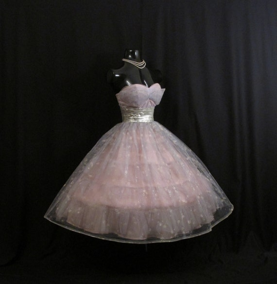 Vintage 1950's 50s STRAPLESS Bombshell Lilac By VintageVortex