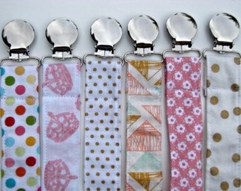 Dummy Clip - Universal Pacifier Clip for Girls - Paci Clip - Pacifier Clip - Baby Shower Gift - Baby Toy Clip - Christmas Gift