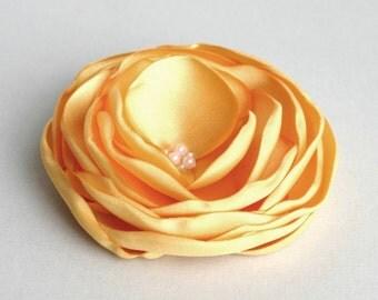 Yellow Flower Hairpiece, Wedding Head Piece, Yellow Flower Hair Clip, Flower Girl Hair Piece, Yellow Flower Hair Pin, Floral Hair Accessory