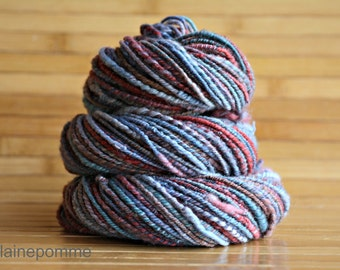 BERTRAND  handdyed handspun mérinos yarn 86 yards