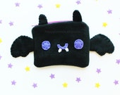 Bat Pouch - Kawaii Pencil Case , Cute Make Up Pouch, Coin Purse, Pencil Pouch, 3DS Case, Phone Case, Halloween Trick or Treat Bag
