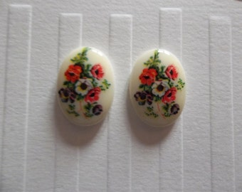 Vintage Decal Picture Stones - Red Blue & White Floral Cabochons with Ivory Background on White Base - 18 X 13mm - Qty 2
