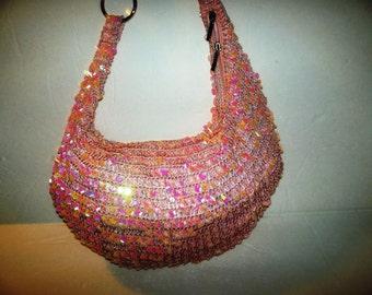 super pink shoulder bag 1990's silk lining inter zipper