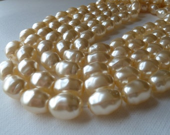 Vintage Czech Cream Glass Pearls - 16x13mm - Coated Glass - Qty 30 pcs  (bgpo7)