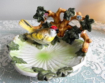 Vintage  Song Bird and Ivy Nick Nack Dish Made by Norleans, Taiwan - Bisque Vanity or Trinket Dish - Little Bird Dish - Cottage Chic Decor -