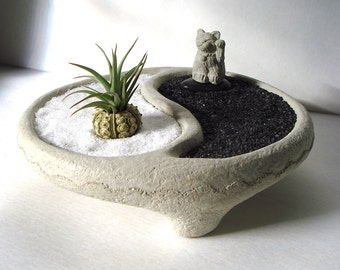 Yin Yang Bowl + Sweet Mini Lucky Cat Maneki Neko  Air Plant Zen Garden