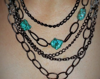 Multisize gunmetal chain and beads necklace
