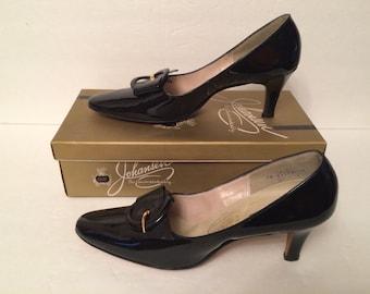 Vintage Johansen Black Patent Leather Vinyl High Heel Buckle Pumps Shoes NOS