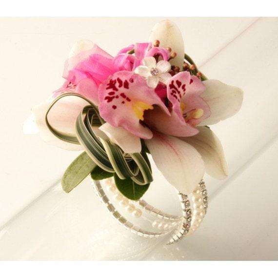 corsage bracelet sarina flower bracelet chagne