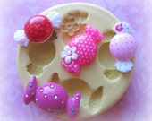 Piece of Candy Mold Mould Resin Clay Fondant Wax Soap Miniature Sweet Flower Victorian Jewelry Charms Flexible Molds
