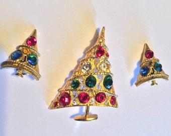 Unsigned Christmas Tree Brooch Pin Earrings Vintage