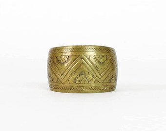 70s Tribal Etched Cuff Bracelet • Vintage Brass Jewelry