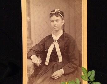 CDV Antique Photo  - Girl of Parkersburg, West Virginia - C arte de Visite - Sepia Photo - Southern Girl