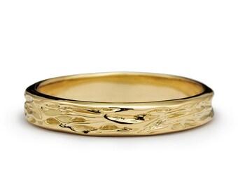 Mens Wedding Band Wood Grain Rustic Ring Yellow Gold