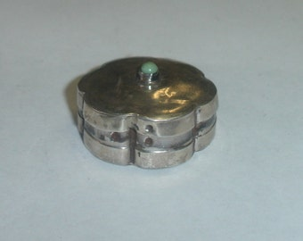 Vintage MEXICO handmade Sterling 925 Silver Flower Form Hinged Pill or Stash Box w Turquoise Signed ELM Eagle 2