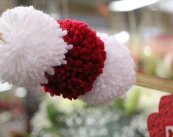 Red and White Yarn Pompom Garland | Valentine's Day Garland | Nursery Decor | Valentines | Bunting | Photo Props | Party Decor | Pompom