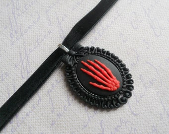 Gothic Lolita red skeleton hand choker necklace resin