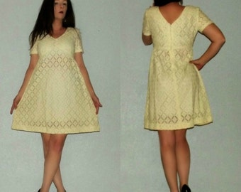 718 Mod SM Vtg 60s Alamor Sheer Creme Lattice LACE Babydoll Dolly Tent Mini Dress