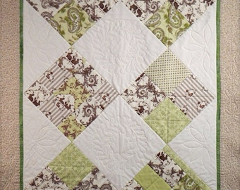 Baby Quilt, 4789-0, Childs quilt, crib quilt, sofa quilt, wall hanging, table runner, chair quilt