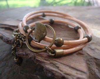 Bronze Bird & BRONZE PEARLS  leather wrap bracelet (998)