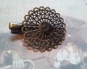 Hair Clip Blanks with Pad Antiqued Bronze Fancy Alligator Clips Filigree Pad 5 pieces Vintage Style