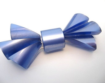 Vintage Lucite Brooch - Large Blue Moonglow Thermoset Bow Brooch C Clasp