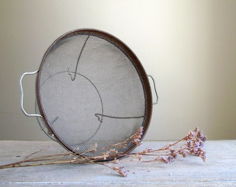 Vintage Colander Wire Mesh Sieve | Metal Wire Mesh Strainer | Wire Mesh Basket | Farmhouse Kitchen Decor