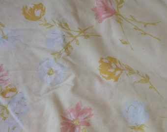 Pale Yellow With Watercolor Pastel Flowers Floral Vintage Full Flat Sheet