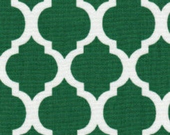 Fabric finders Kelly green quatrefoil fabric
