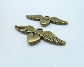 10pcs 14x33mm Antique Bronze Lovely Flying Heart With Wings Charms Pendant c2530