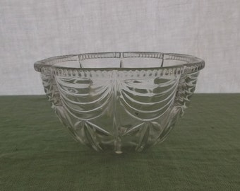 Vintage Glass Bowl Pressed Glass Clear Glass Scalloped Edge KIG