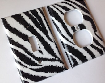 Zebra Light Switch Plate Set / Black and White Zebra Single Light Switch Plate Cover Set / Zebra Decor / Safari Room Decor / Baby Gift