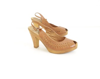 size 9 HUARACHE platform sandals WOVEN brown leather