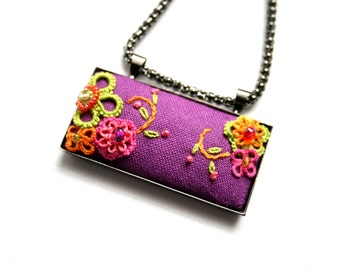 Tatting Needlework Fiber Purple Pendant Floral Colorful Embroidered Necklace
