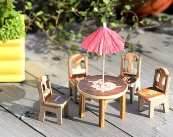 terrarium furniture. 4 lot chairs 1 table umbrella wood mini furniture mininature terrarium