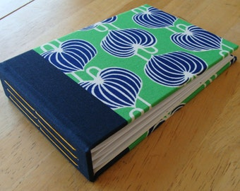 4x6 Photo Album in Kelly Green & Navy Blue Fabric/ 4x6 or 5x7 Photo Scrapbook/ Guest book