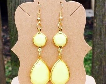 gorgeous yellow drop earrings