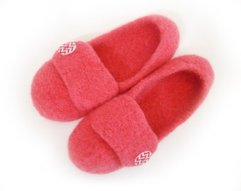 Coral Womens Felted Wool Slippers