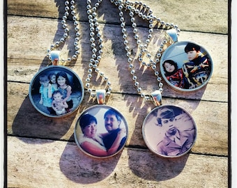 Custom Photo Necklace Heart or Circle shape