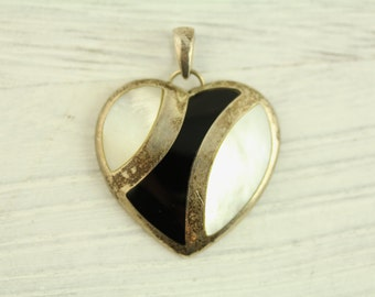 Vintage Heart Inlaid Onyx Mother of Pearl Sterling Silver Pendant (ET331 )